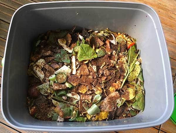 Organic waste to produce bokshi